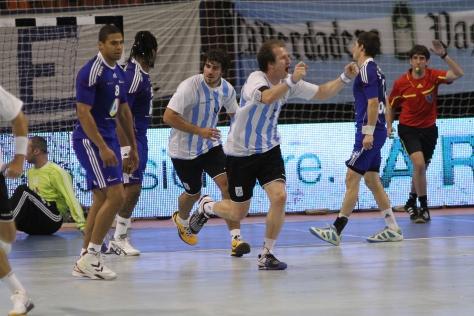 Handball Arg-Fra10