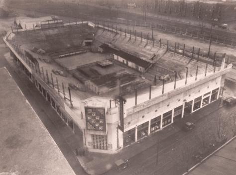 1933-LUNA
