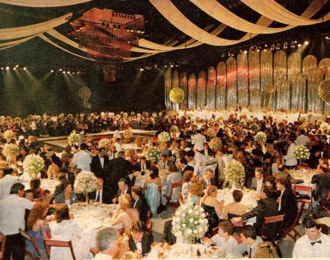 1989-espectacular-boda-de-maradona1